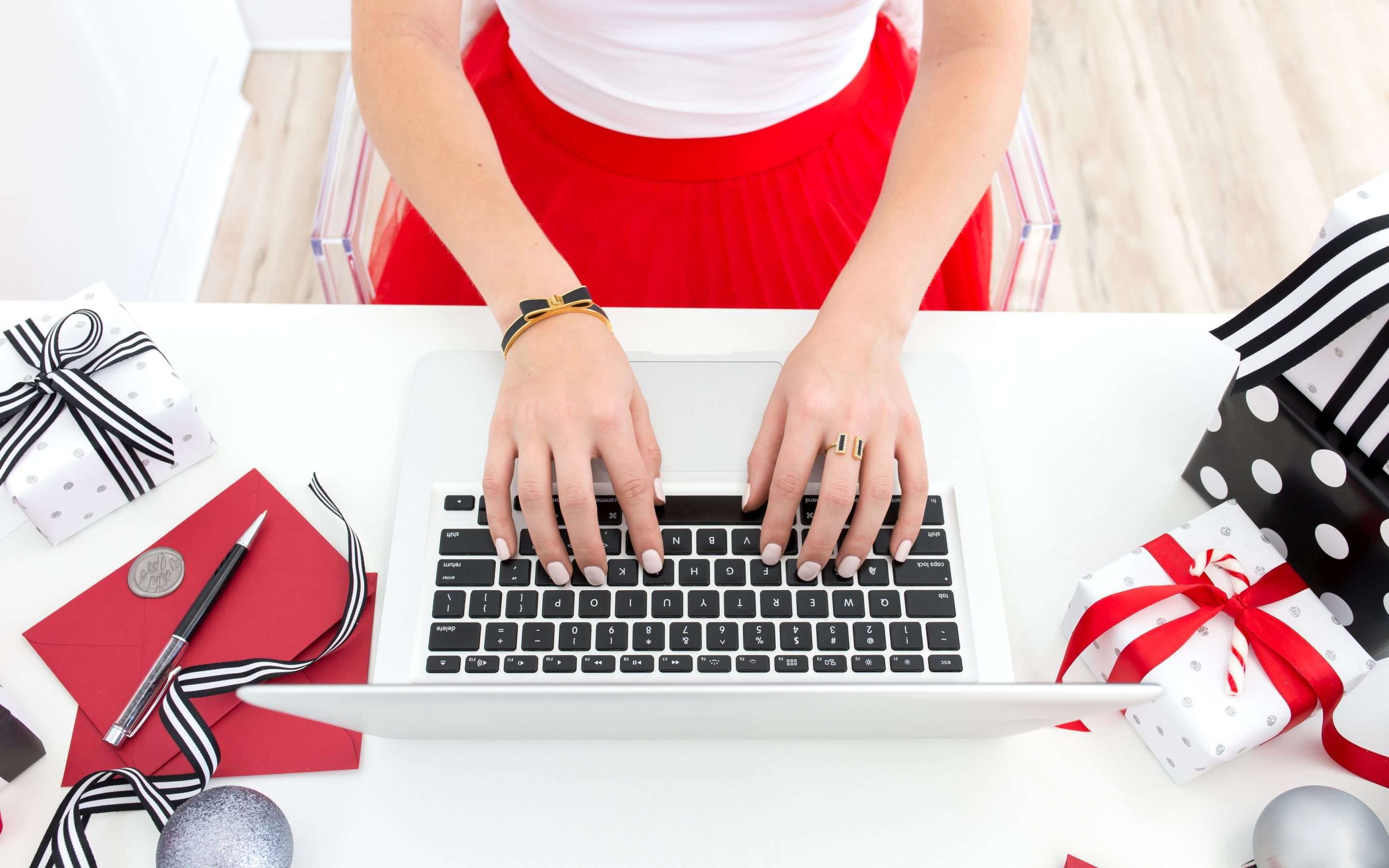 6 Tips For Effective Holiday Marketing!